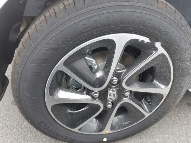 Bán ô tô Hyundai Grand i10 1.2 AT 2019, màu trắng, giá chỉ 405 triệu-1