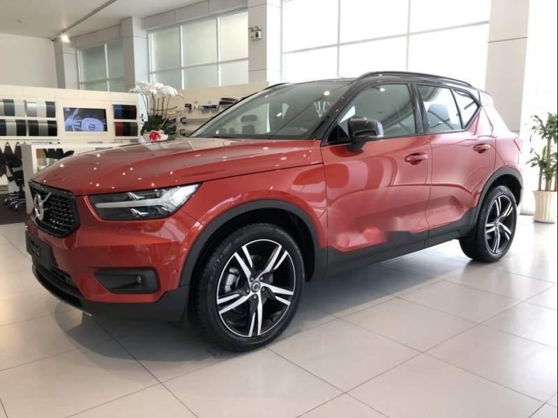 Cần bán xe Volvo XC40 năm 2019, màu đỏ, xe nhập (1)