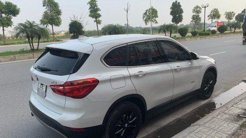 Bán ô tô BMW X1 sDriver năm sản xuất 2016, màu trắng-2