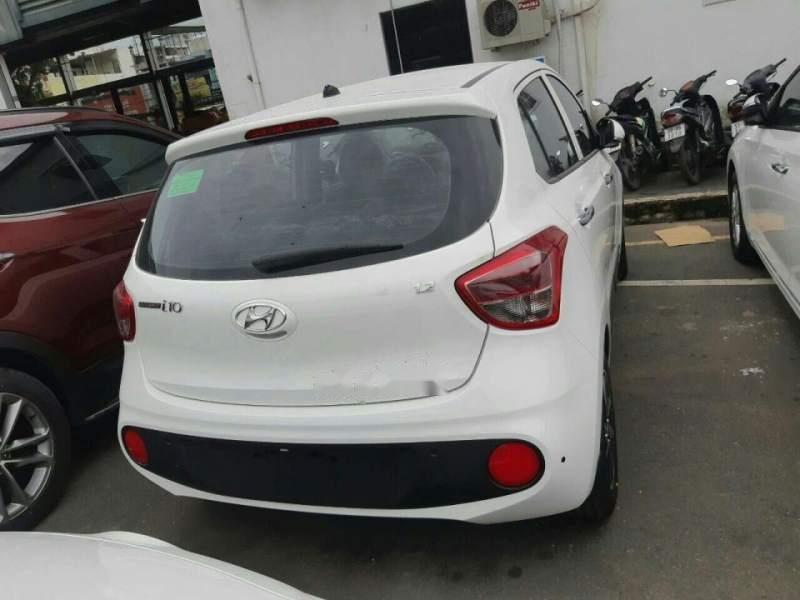 Cần bán xe Hyundai Grand i10 1.2 AT năm sản xuất 2019, màu trắng (3)