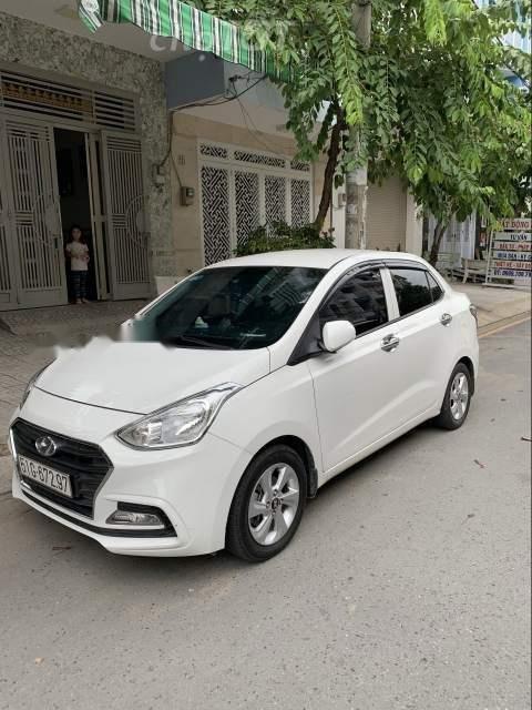 Bán Hyundai Grand i10 sản xuất 2018, màu bạc số tự động, 425tr-3