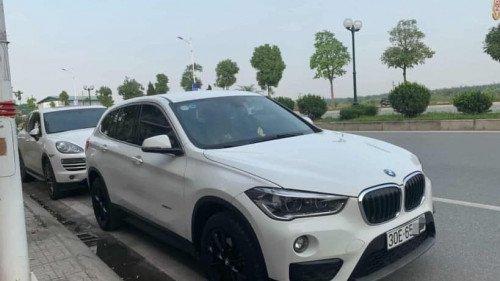 Bán ô tô BMW X1 sDriver năm sản xuất 2016, màu trắng-0
