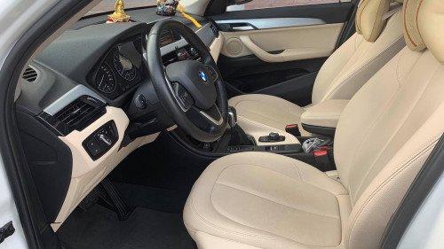 Bán ô tô BMW X1 sDriver năm sản xuất 2016, màu trắng-3