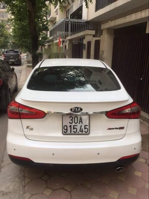 Bán ô tô Kia K3 sản xuất 2016, màu trắng, nhập khẩu nguyên chiếc xe gia đình, 567tr-0