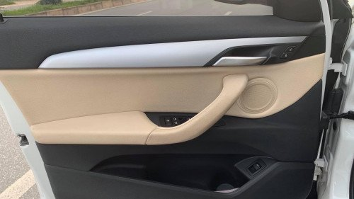 Bán ô tô BMW X1 sDriver năm sản xuất 2016, màu trắng-5