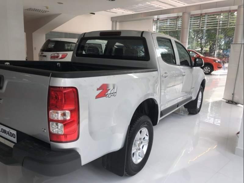 Cần bán xe Chevrolet Colorado đời 2019, màu bạc, nhập khẩu (6)