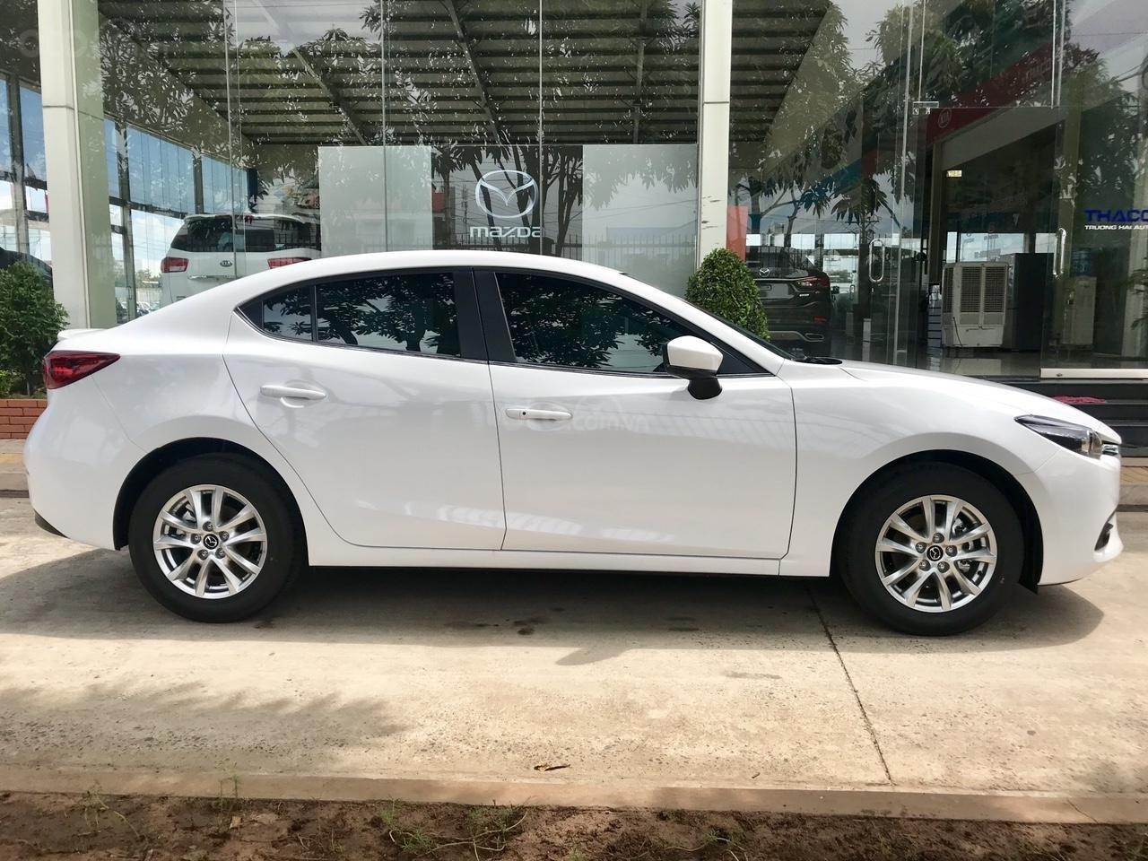Bán xe Mazda 3 2019 ưu đãi tốt trong tháng LH: 0938 906 560 Mr. Giang (7)