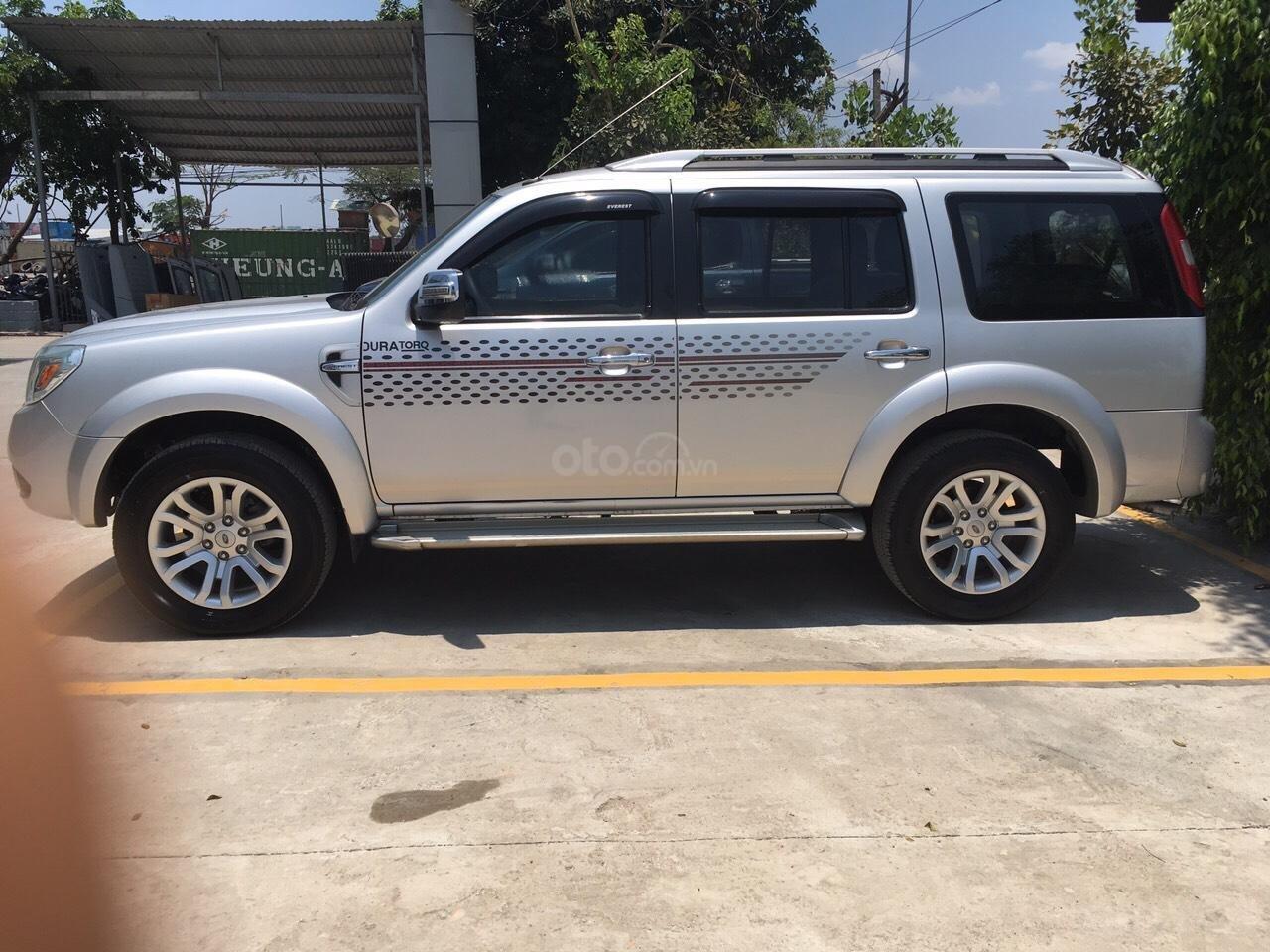 Ford Everest 7 chỗ MT 2013, xe phù hợp cho mọi gia đình-2
