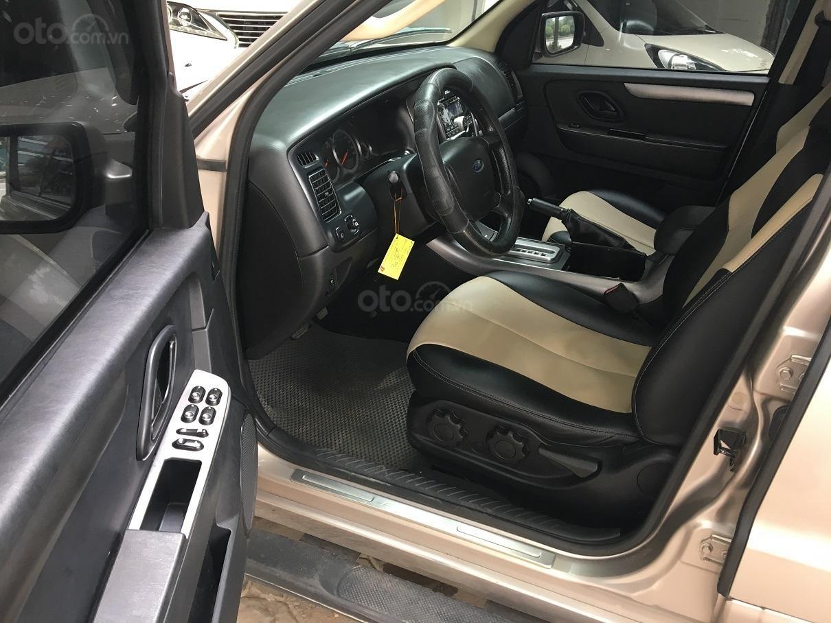 Bán xe Ford Escape XLS 2.3L số tự động, màu vàng (5)
