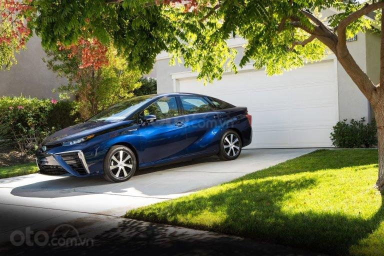 Toyota Mirai.