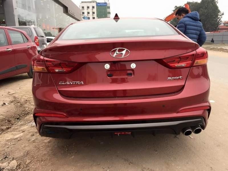 Bán Hyundai Elantra đời 2019, màu đỏ, nhập khẩu nguyên chiếc, giá tốt-1