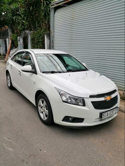 Cần bán xe Chevrolet Cruze sản xuất năm 2010, màu trắng (6)