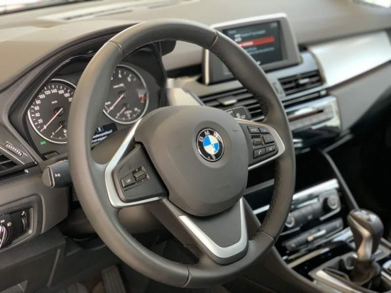 Bán xe BMW 2 Series 218i Gran Tourer năm 2019, màu trắng, nhập khẩu nguyên chiếc-4