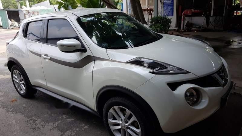 Cần bán gấp Nissan Juke sản xuất năm 2015, màu trắng đẹp như mới, 745 triệu (2)