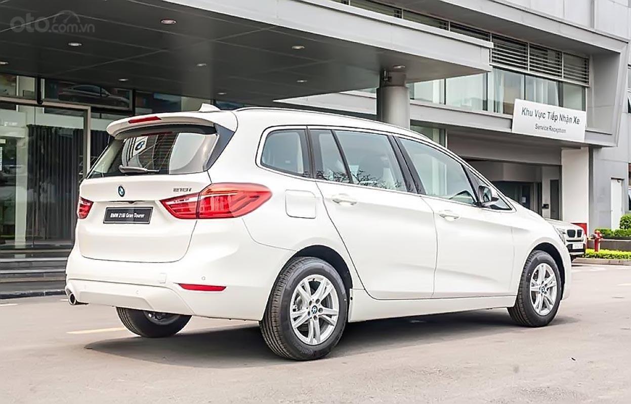 Cần bán BMW 2 Series 218LCI sản xuất 2018, màu trắng, nhập khẩu (2)