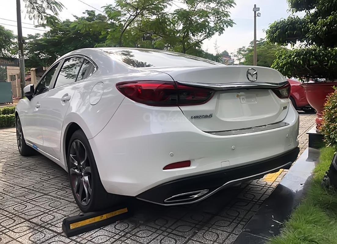 Bán ô tô Mazda 6 2.0 Premium 2019 giá cạnh tranh (2)