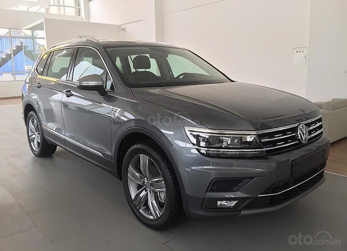 Bán xe Volkswagen Tiguan Allspace đời 2018, màu xám, nhập khẩu (1)