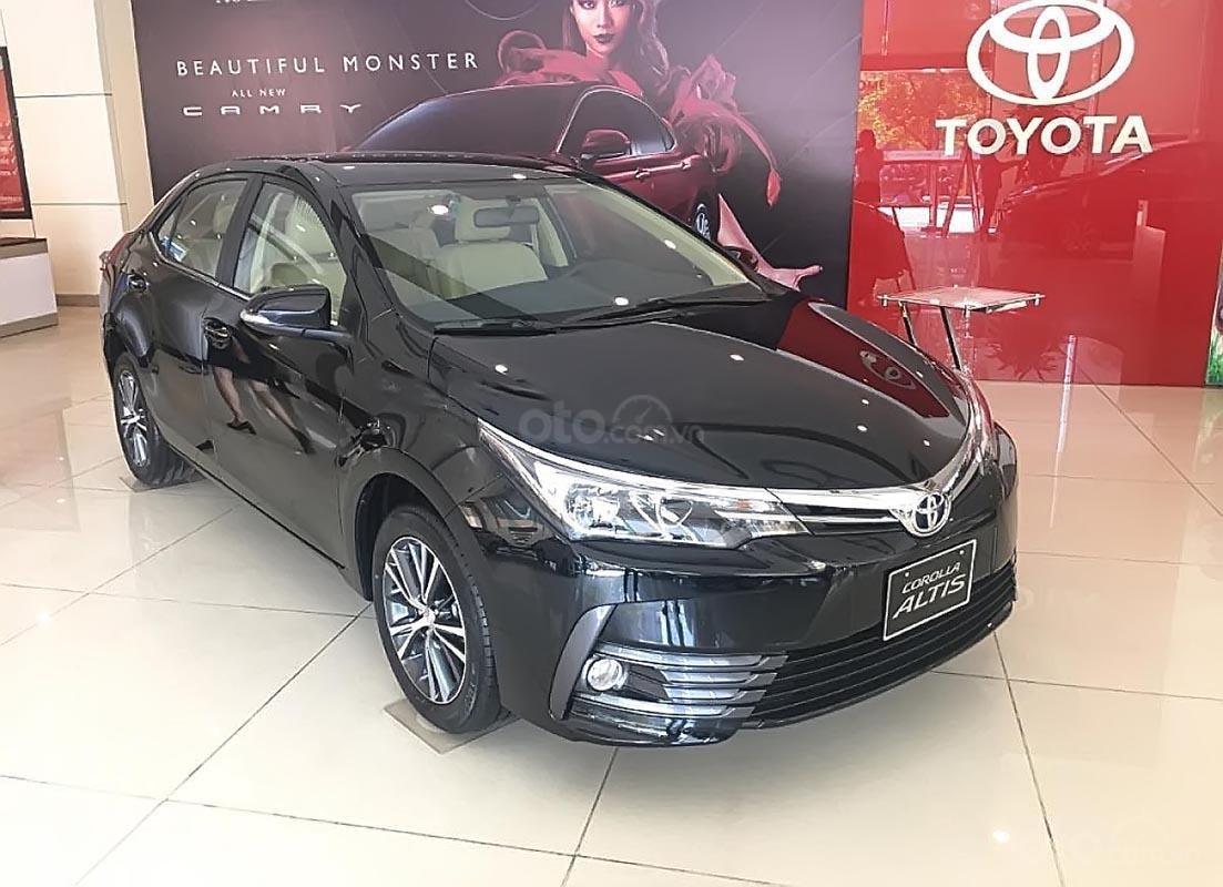Cần bán Toyota Corolla altis 1.8 G CVT đời 2019, màu đen giá cạnh tranh-0