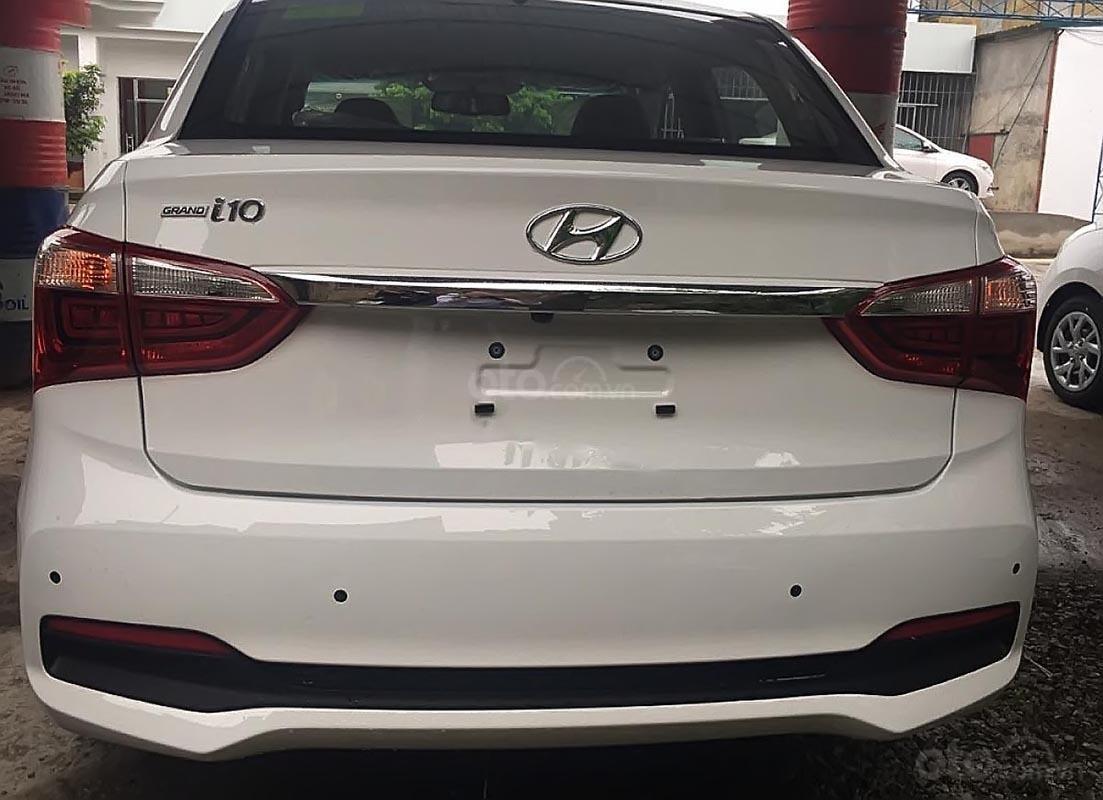 Bán ô tô Hyundai Grand i10 1.2 MT năm 2019, màu trắng-4