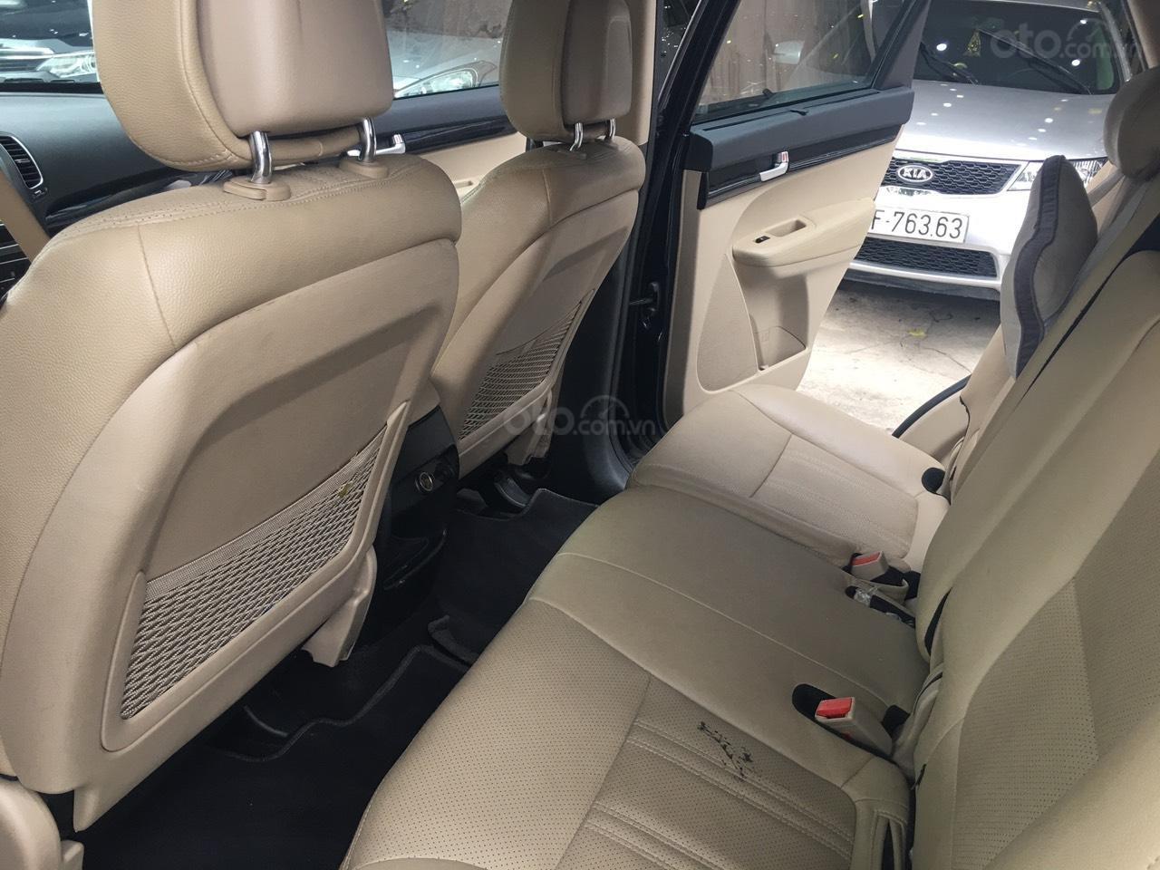 Cần bán Kia Sorento DATH sản xuất năm 2017, Số tự động, máy dầu-4