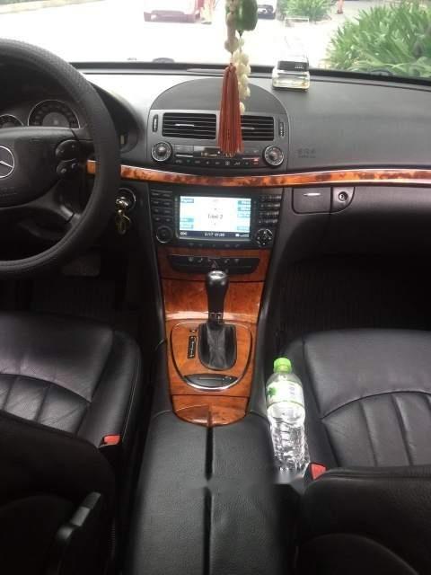 Bán Mercedes E280 năm 2008, màu đen, nhập khẩu xe gia đình-3