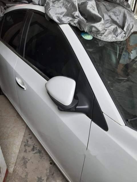 Bán Chevrolet Cruze đời 2017, màu trắng, xe nhập còn mới, giá 410tr (6)