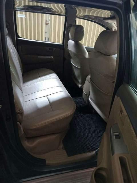 Bán xe Toyota Hilux 2013 số sàn, 530 triệu-4