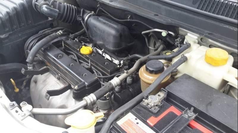 Cần bán xe Chevrolet Captiva sản xuất năm 2008, màu bạc -1