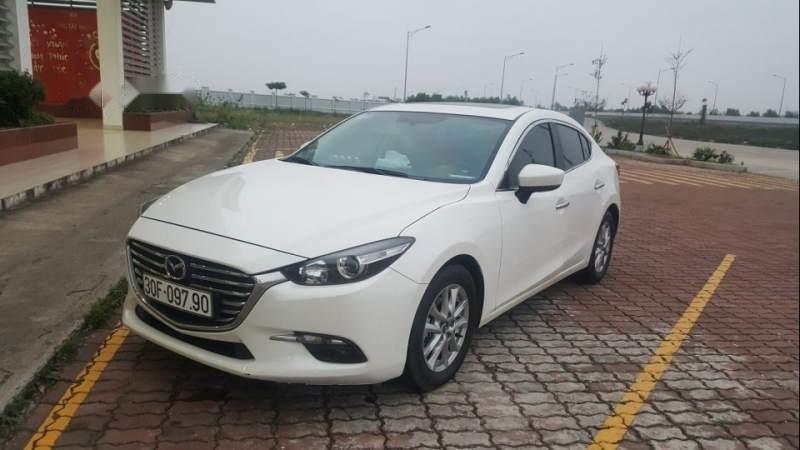 Cần bán gấp Mazda 3 sản xuất 2018, màu trắng chính chủ, giá chỉ 630 triệu-0