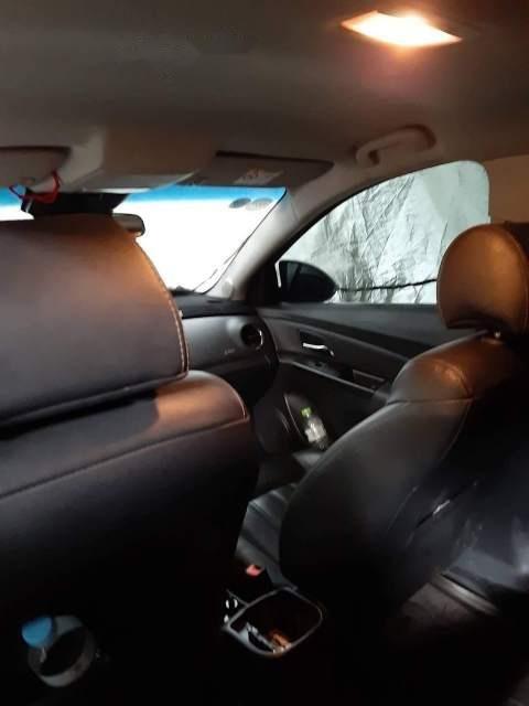 Bán Chevrolet Cruze đời 2017, màu trắng, xe nhập còn mới, giá 410tr (4)