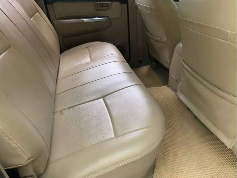 Bán ô tô Toyota Hilux G 4x2 sản xuất 2015, màu bạc, nhập khẩu nguyên chiếc ít sử dụng-2