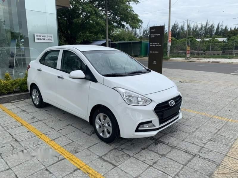 Cần bán Hyundai Grand i10 sản xuất năm 2019, màu trắng-0