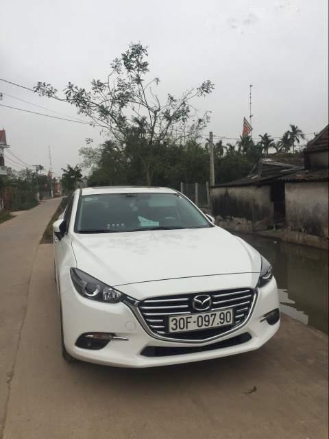 Cần bán gấp Mazda 3 sản xuất 2018, màu trắng chính chủ, giá chỉ 630 triệu-2