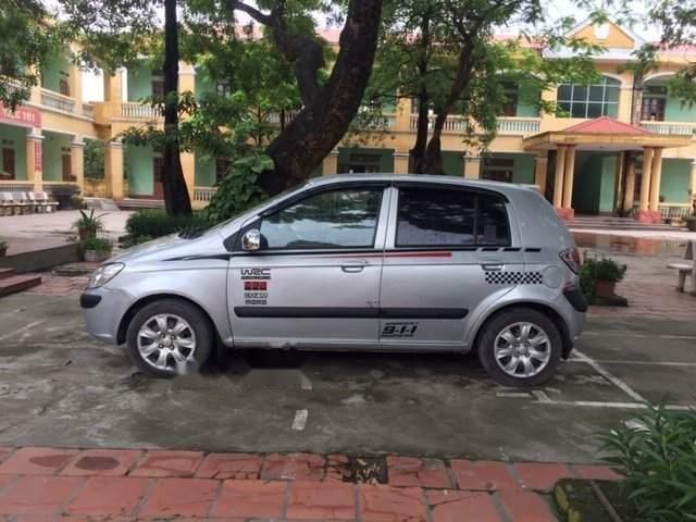 Cần bán Hyundai Getz 2011, màu bạc, nhập khẩu-0