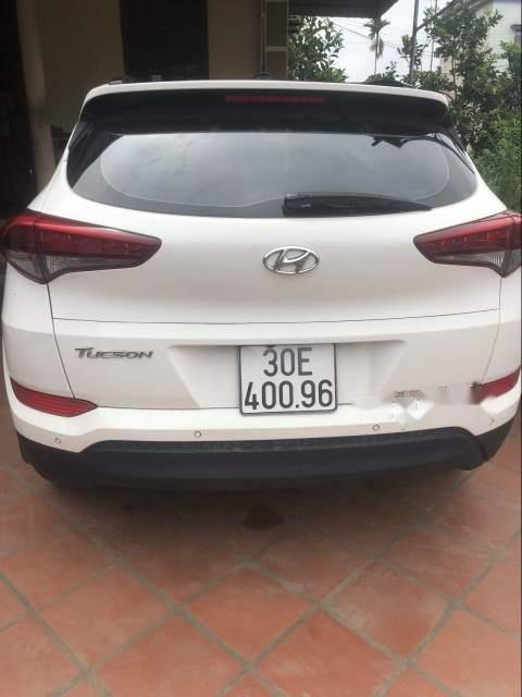 Bán Hyundai Tucson đời 2016, màu trắng, xe nhập chính chủ-2