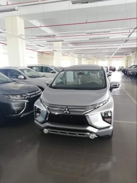 Cần bán Mitsubishi Xpander AT sản xuất năm 2019, màu bạc, nhập khẩu-3