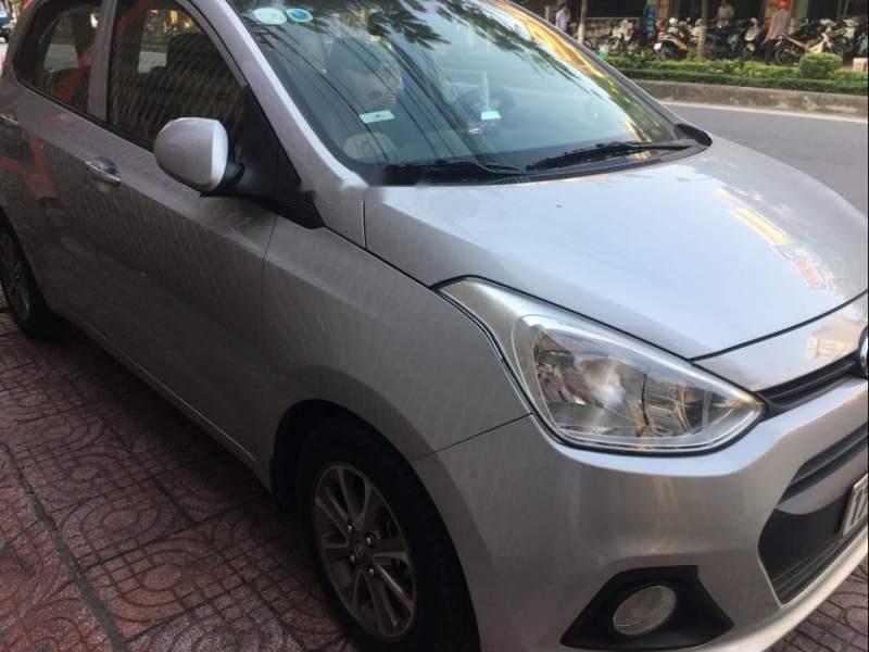 Cần bán xe Hyundai Grand i10 sản xuất năm 2014, màu bạc chính chủ, giá 275tr-0