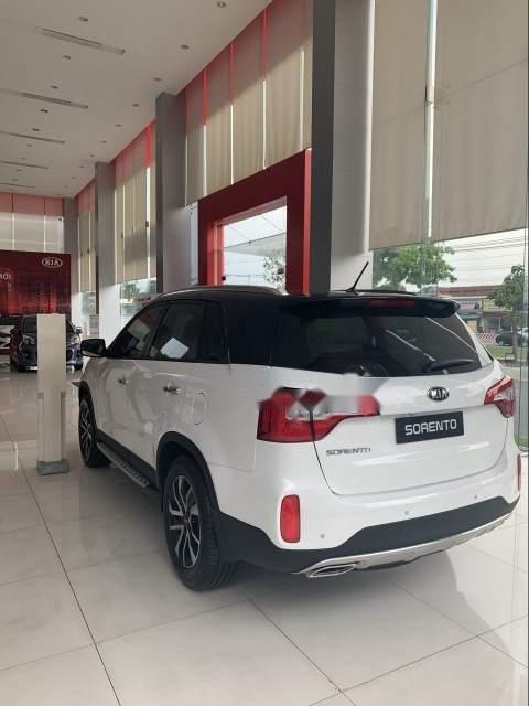 Bán Kia Sorento sản xuất năm 2019, màu trắng -1