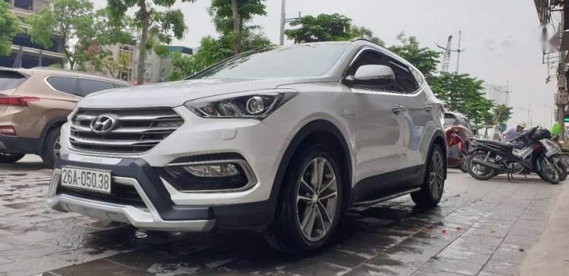 Bán Hyundai Santa Fe 2016, màu trắng chính chủ-1