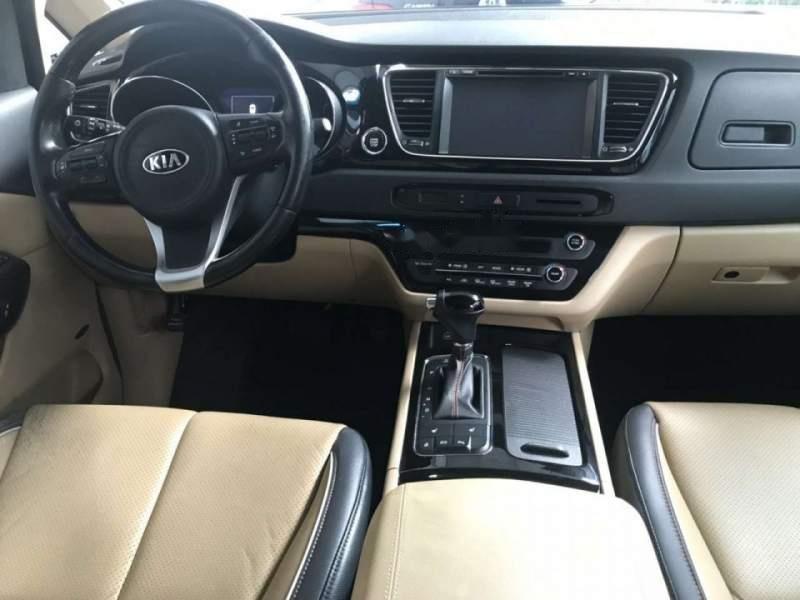 Cần bán xe Kia Sedona 3.3 GATH 2016, màu bạc còn mới, giá 945tr (5)