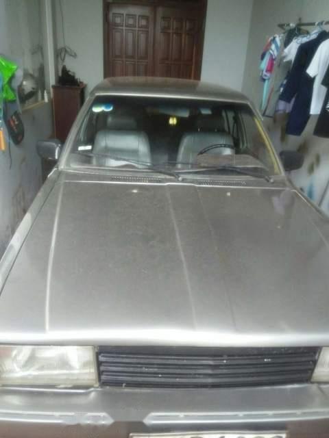 Cần bán xe Toyota Corona sản xuất năm 1984, nhập khẩu nguyên chiếc, giá tốt-1