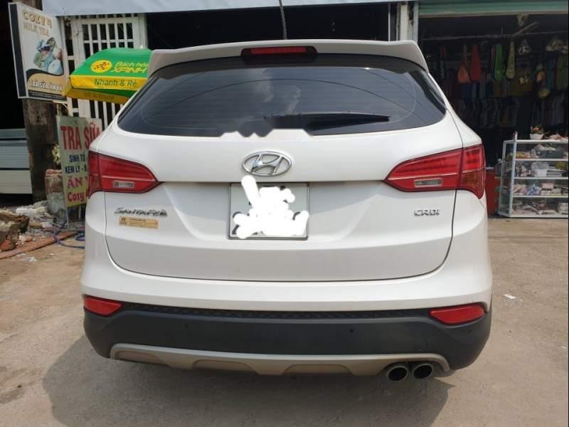 Cần bán gấp Hyundai Santa Fe sản xuất năm 2015, màu trắng-1