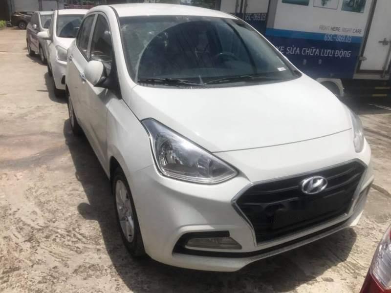 Bán Hyundai Grand i10 năm 2019, màu bạc-5