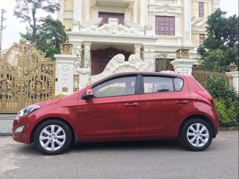Bán Hyundai i20 năm sản xuất 2013, màu đỏ, nhập khẩu nguyên chiếc-0