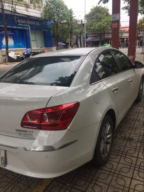 Cần bán lại xe Chevrolet Cruze sản xuất năm 2017, màu trắng-4