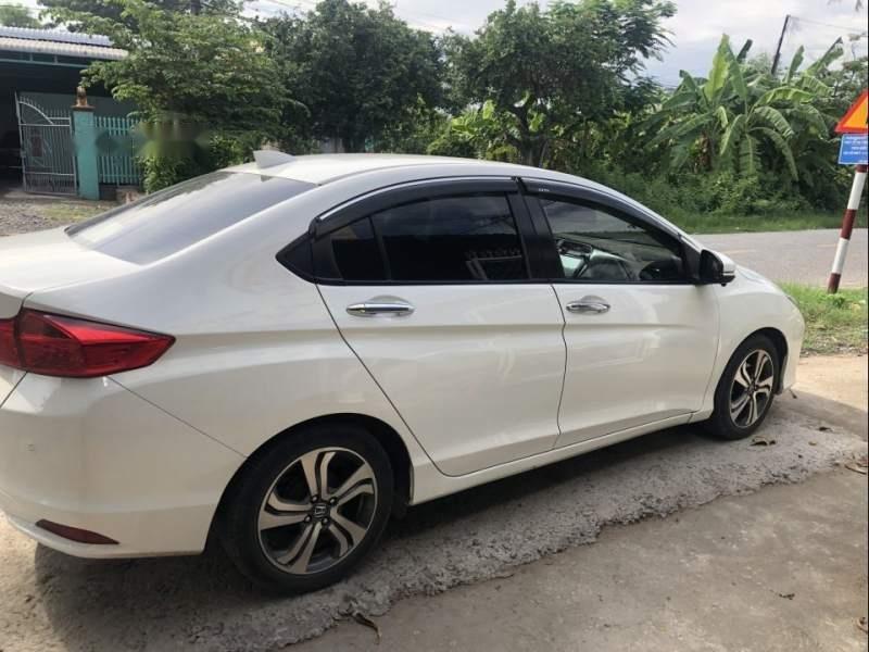 Bán xe Honda City đời 2016, màu trắng chính chủ-0