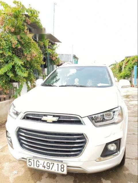 Cần bán lại xe Chevrolet Captiva đời 2017, màu trắng-0