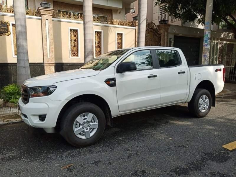 Bán gấp Ford Ranger sản xuất năm 2019, màu trắng, nhập khẩu xe gia đình (6)