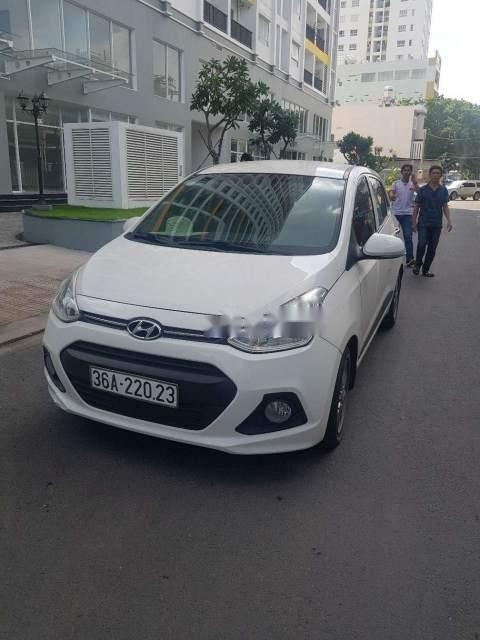 Bán xe Hyundai Grand i10 1.0AT sản xuất năm 2015, màu trắng số tự động-0