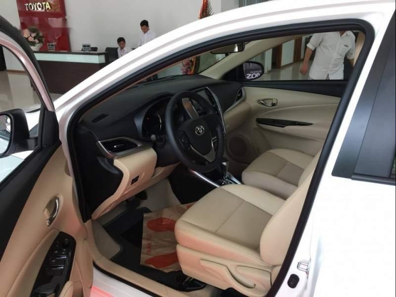 Cần bán Toyota Vios đời 2019, màu trắng (3)